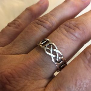 Jewelry - .925 sterling ring